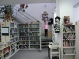 Knihovna_Hradek-ctenarka
